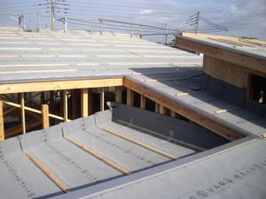 デザイン住宅の屋根葺き