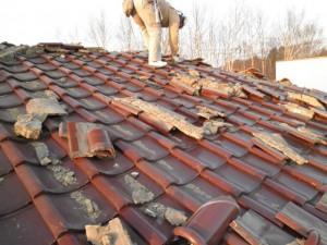 瓦屋根地震被災16