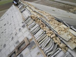 地震被害瓦