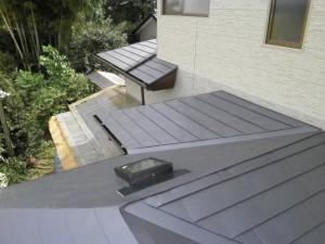 雨仕舞いに優れる金属屋根