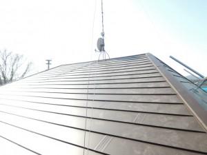 ガルバリウム鋼板横葺き屋根