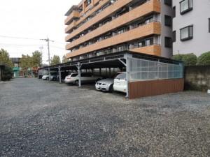 月極駐車場車庫の屋根ビフォー