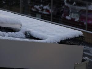 落雪防止装置