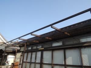 屋根を外した状態で塗装できる
