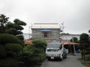 大谷石の蔵-ステンレス屋根への葺き替え(震災後改修工事)