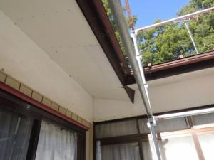 軒裏天井の剥がれ