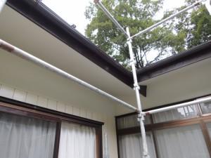 軒裏天井の塗装