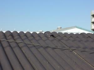 スレート屋根、棟の不良