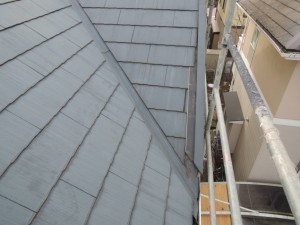 降雪被害屋根の破損