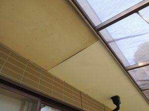 軒裏の雨漏り修理