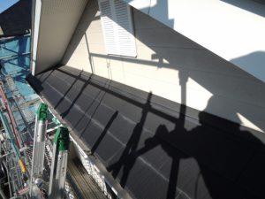 塗装前の外壁と屋根