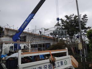 屋根板の現場成形