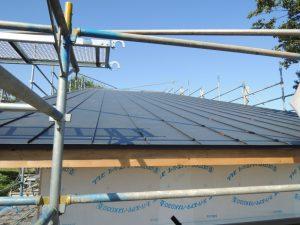 長尺屋根の現場成形
