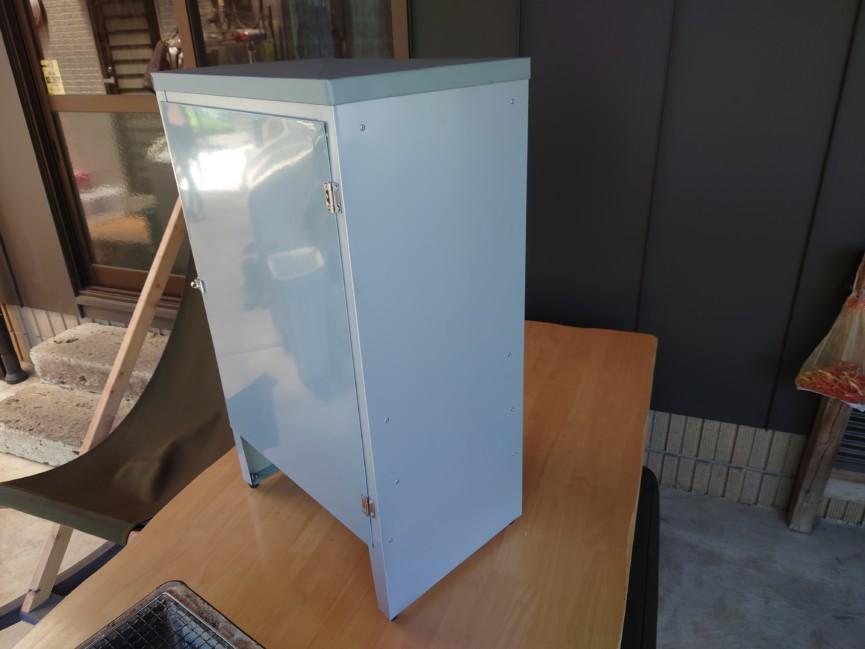 板金で作る薫製器のオーダーメイド