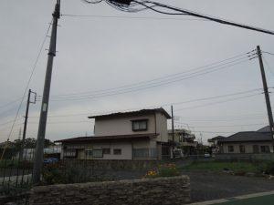 台風被害で屋根が捲れた