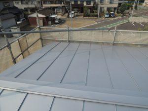 台風被害、屋根の葺き替え完了